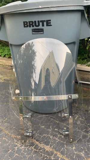 Harley Davidson Dyna Quick Release Windshield for Sale in Ashland, MA
