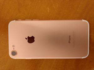 Iphone 7 ROSE TMOBILE for Sale in Tacoma, WA