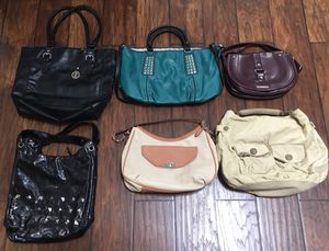 Bags/ Purses. for Sale in Kirkland, WA