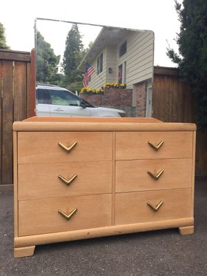 Vintage Mid Century 6 Drawer by Harmony House for Sale in Wenatchee, WA