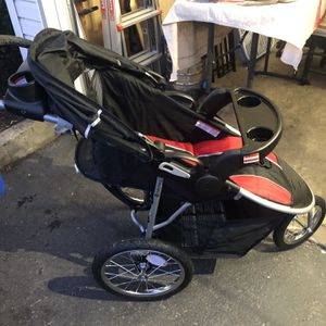 Matching Stroller And Car Seat (Jogger) for Sale in Oregon City, OR
