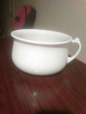 Antique Ironstone Chamber Pot for Sale in Fresno, CA