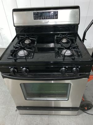 Whirlpool Oven Good Condition for Sale in Oak Lawn, IL