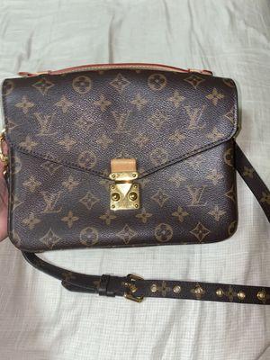 Louis Vuitton pochette metis bag for Sale in Vancouver, WA