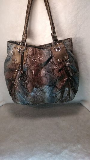 RELIC PURSE for Sale in Overland, MO
