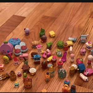 Shopkins Figurines Etc. for Sale in West Orange, NJ