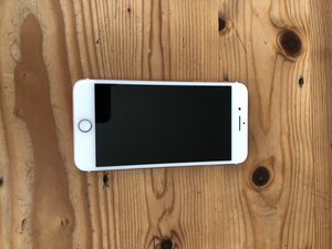 iPhone 7 Plus, rose gold, 32 GBs, unlocked for Sale in Seattle, WA