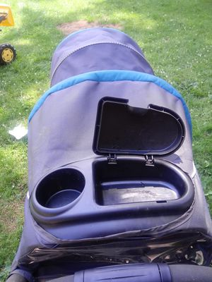 Double stroller 90 or OBO for Sale in Columbus, OH