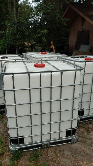 NEW 330 GALLONS TANK for Sale in Tavares, FL