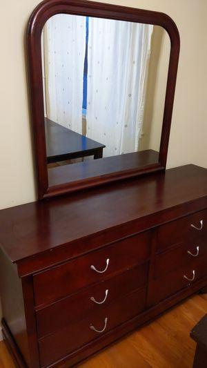 Queen Size Bedroom Set for Sale in Everett, WA