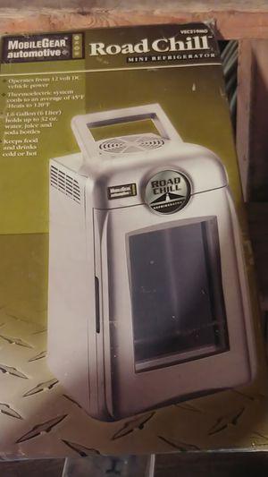Mini fridge for car for Sale in Ecorse, MI