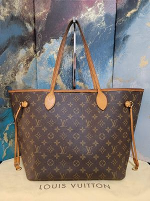 Authentic Louis Vuitton Neverfull MM Tote / Shoulder Bag for Sale in Mountain View, CA