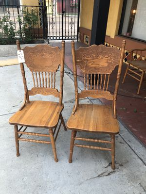 Set of 4 wooden dining chairs for Sale in Fullerton, CA