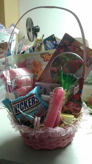 EASTER BASKETS FULL OF GOODIES for Sale in Allentown, PA