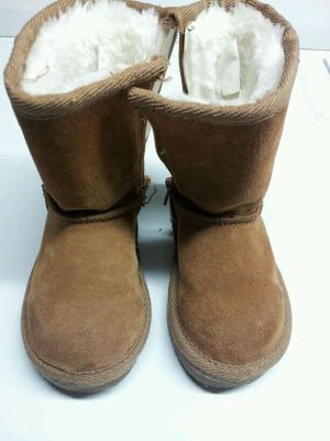 Girls (size 6) toddler boots for Sale in Malden, MA
