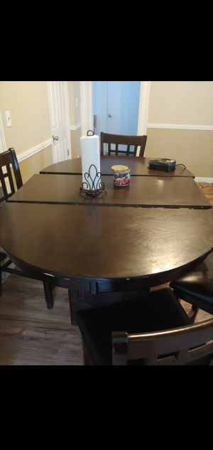 6 Chair, high dining room table. for Sale in Sanger, CA