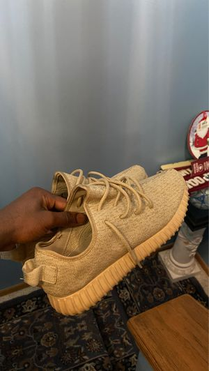 Oxford tan yeezy boost 350 v1 (sz. 11) for Sale in Canal Winchester, OH