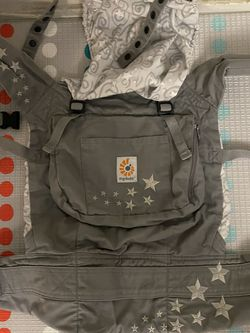Ergo Baby Carrier for Sale in Fresno,  CA