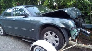2005 CHRYSLER 300 TOURING FOR PARTS for Sale in Lynnwood, WA
