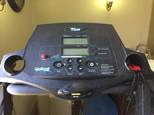 Smooth 7.1hr treadmill for Sale in Highland, CA