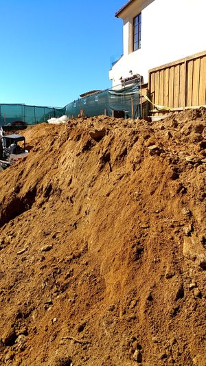 Free Delivered Dirt for Sale in Encinitas, CA