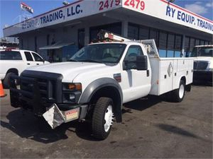 2010 FORD F450 SERVICE UTILITY CRANE TRUCK for Sale in Miami, FL