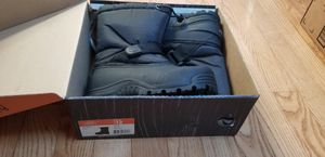 NEW BOY / GIRL Kid snow boots size 11 or 12 for Sale in San Jose, CA