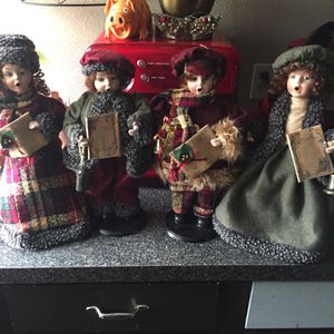 Christmas Caralers Dolls for Sale in Bethany, OK