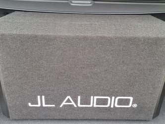 Jl Audio W6 12inch 2 Subs In Box for Sale in Brooklyn,  NY