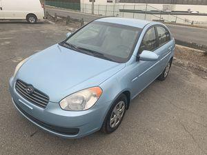 09 Hyundai Accent MANUEL for Sale in Waterbury, CT
