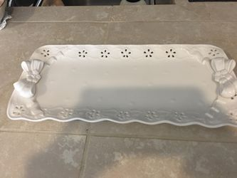 "14"" white bow plate/tray for Sale in Happy Valley,  OR"