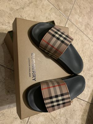 Burberry slides for Sale in Pasadena, TX