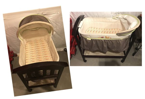 Bassinet: needs cleaning from being in storage
