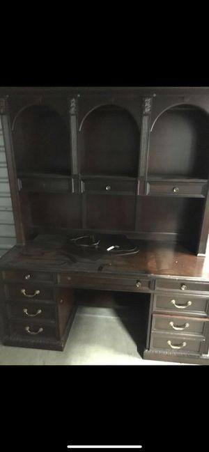 Desk for Sale in El Cajon, CA