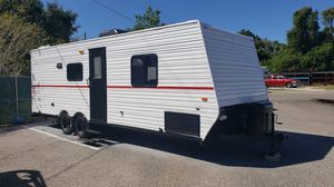 2005 Fleetwood Prowler 24BH Travel Trailer-RV-Camper for Sale in Gibsonton, FL