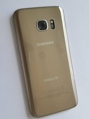 Samsung Galaxy S7, Factory Unlocked.. Excellent Condition. for Sale in Springfield, VA