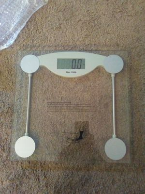 Glass electronic bathroom scale for Sale in Chesapeake, VA