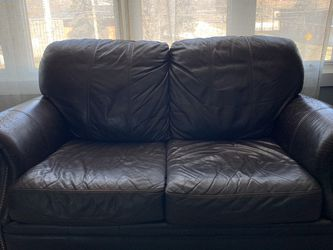 Leather Couch Loveseat for Sale in Palos Hills,  IL