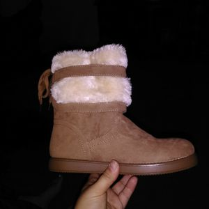Guess Size 7 Women Brand New for Sale in Visalia, CA