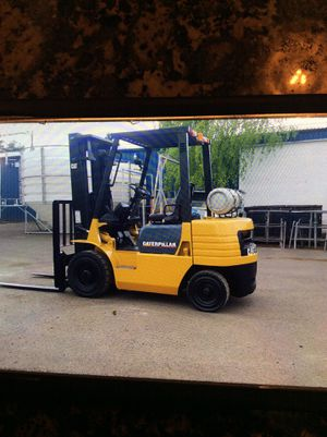 Caterpillar GP25 5000lb forklift for Sale in Portland, OR