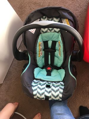 Infant seat for Sale in Vandalia, MO