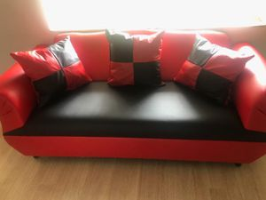 Sofá pillows couch whit pillows.2 pcs brand new for Sale in Miami, FL