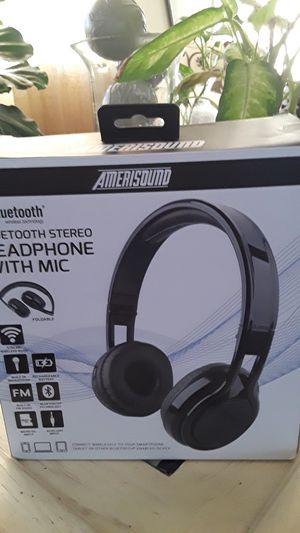 Amerisound bluetooth headphone w/mic perfect for kids not to loud for Sale in Lynwood, CA