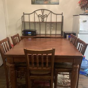 Table, Chairs, & Dresser for Sale in Walnut, CA