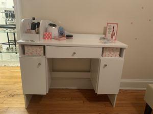 Vito vanity table for Sale in Washington, DC