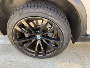"""BMW X5 20"""" blk x5m style rims tires set for Sale in Hayward, CA"""
