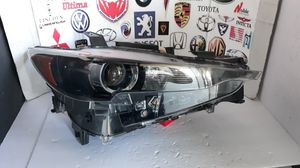 FOR PARTS 2017-2019 MAZDA CX-5 HEADLIGHT PASSENGER RH HEAD LAMP OEM #K114-51030 for Sale in Lawndale, CA