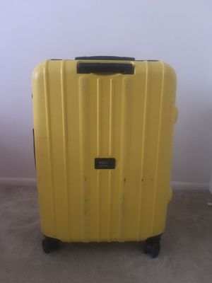 Suitcase for Sale in Temple Hills, MD
