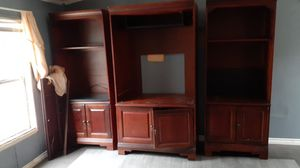 Free entertainment center for Sale in Cleveland, TX