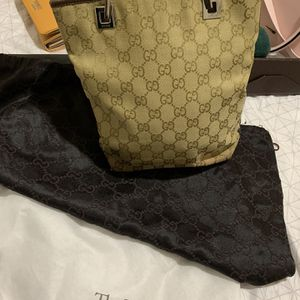 Authentic luxury Handle Bag for Sale in Riverside, CA